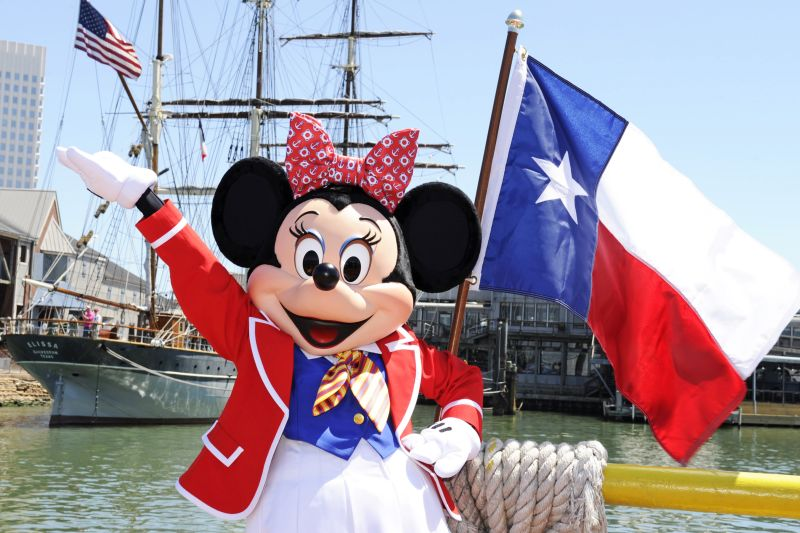 Minnie Mouse in Texas