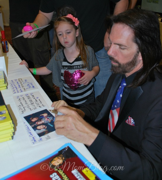 billy mitchell autographs photo for little fan