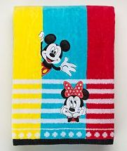 mickey-and-minnie-mouse-bath-towels