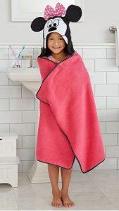 minnie-mouse-bath-wrap