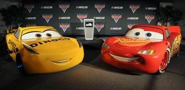 Cars 3 Cruz and Lightning